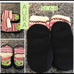 NWT Warm Multi-Color Slipper Ankle Socks